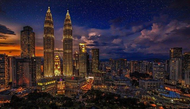 Travel by Aeroline Buses to Kuala Lumpur, Malaysia