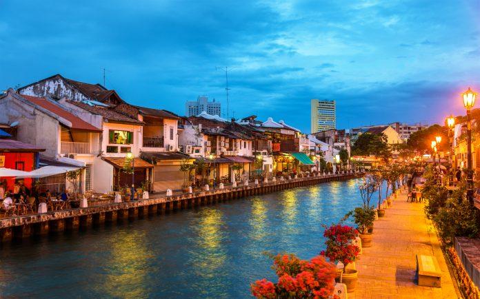 Melaka River